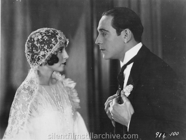 Betty Bronson and Ricardo Cortez in THE CAT'S PAJAMAS (1926)