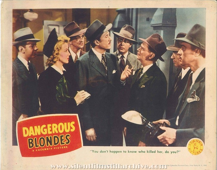 Lobby card with Constance Worth and Allyn Joslyn in DANGEROUS BLONDES (1943)