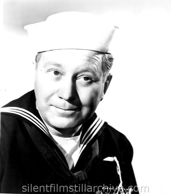 Edgar Buchanan in DESTROYER (1943)