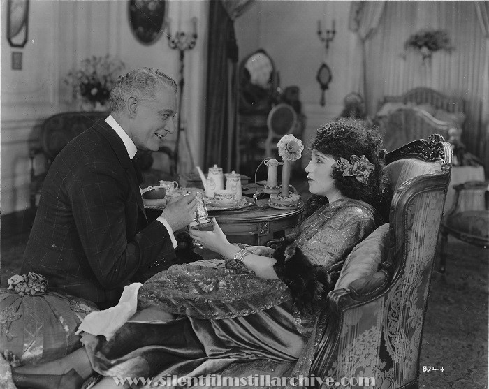 Edward Martindel and Bebe Daniels in DUCKS AND DRAKES (1921)
