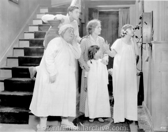 Carrie Clark Ward, Edward Peil, Jr. and Lydia Knott in ROSE OF THE WORLD (1925)