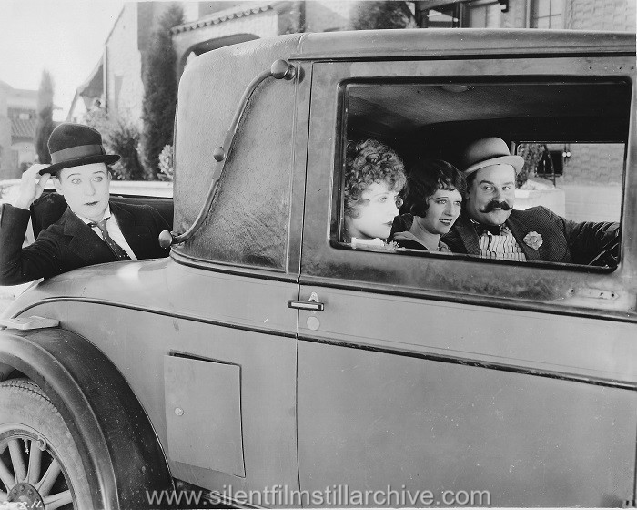 Harry Langdon, Ruth Hiatt, Peggy Montgomery and Vernon Dent in SATURDAY AFTERNOON (1926)