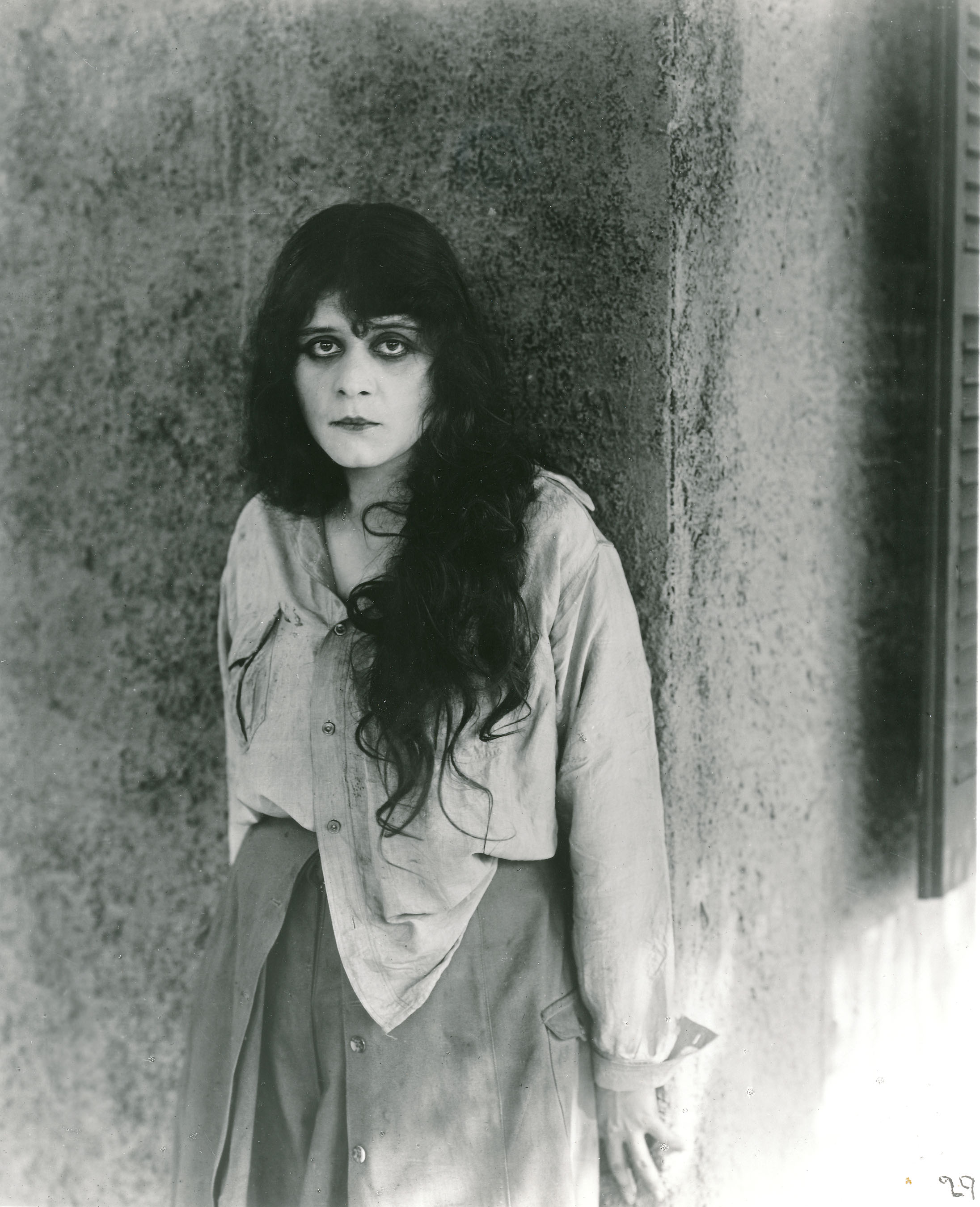 theda bara wikitheda bara marilyn monroe, theda bara cleopatra, theda bara old, theda bara gif, theda bara madame du barry, theda bara, theda bara quotes, theda bara makeup, theda bara wiki, theda bara photos, theda bara youtube, theda bara tumblr, theda bara pronunciation, theda bara maringa, theda bara biography, theda bara house, theda bara salome, theda bara clothes, theda bara biografia, theda bara imdb