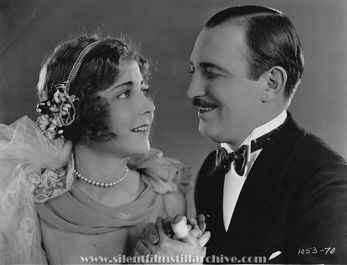 Anne Sheridan and Raymond Griffith in WEDDING BILL$ (1927)