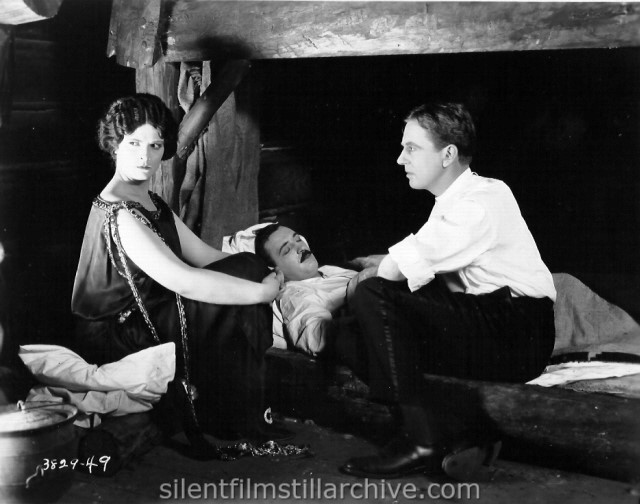 Priscilla Dean, Raymond Griffith, and Matt Moore in WHITE TIGER (1923)
